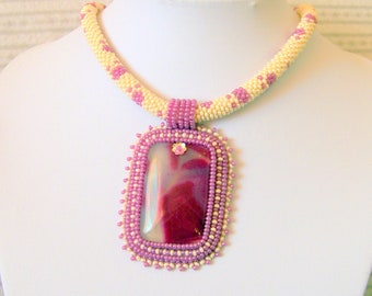 Beadwork Bead Embroidery Pendant Necklace with Peachblow Agate - DREAM - beige - purple