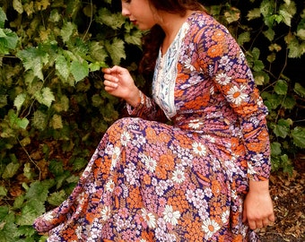 Vintage 1960s Hippie Boho Chic Floral Maxi Dress Sz. S-M