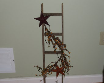 lathe wood ladder with pipberries