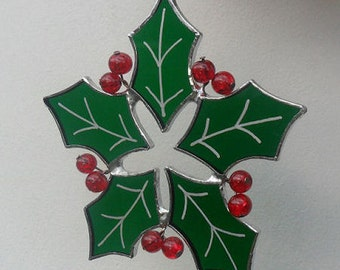 Christmas Holly Suncatcher, Stained Glass Christmas Holly Decoration, Stained Glass Holly Ornament