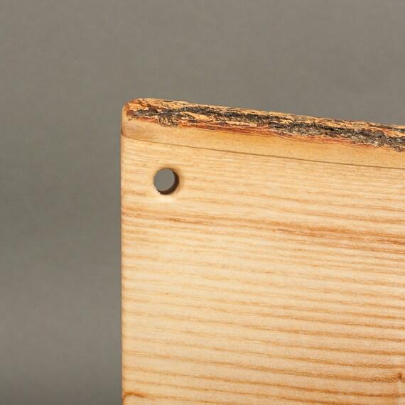 Natural Bark Edge Wooden Cutting Board