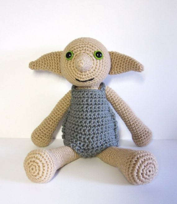 Dobby Harry Potter Amigurumi : Dobby the House Elf inspired amigurumi. Handmade crochet doll.