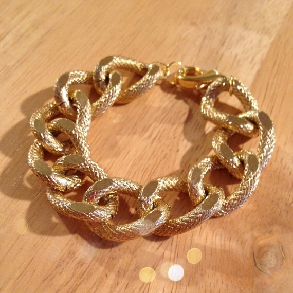 The HARPER: Large Gold Curb Textured Copper Chain Bracelet