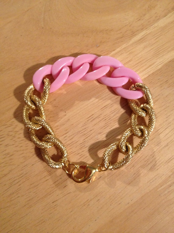 The SYDNEY Bracelet - Small Gold Textured Copper Plated Chain Linked With A Powdery Pink Colored  Resin Chain