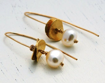 Pearl earrings, bridal earrings, wedding, gold earrongs, 14k gold filled, Long earrings, Gold pearl earrings, bridesmaid earrings