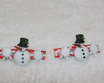 Snowman small barettes.