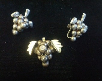 Vintage silver Grape Cluster brooch & earrings set circa 1940's .