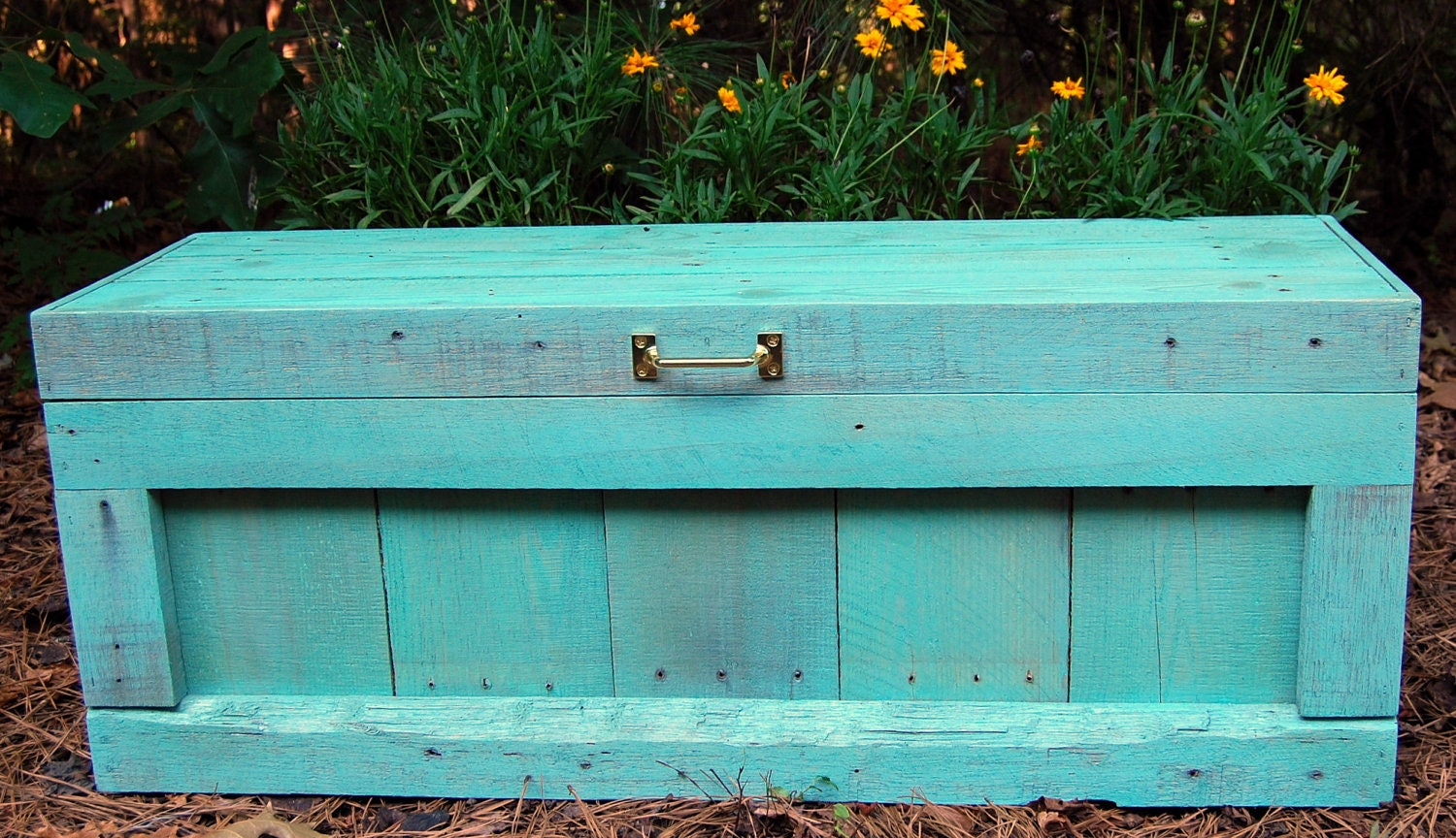 Turquoise Hope Chest / Toy Box Reclaimed by LooneyBinTradingCo