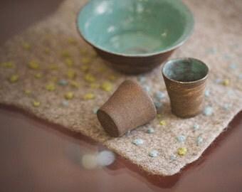 Felt table centrepiece/placemat