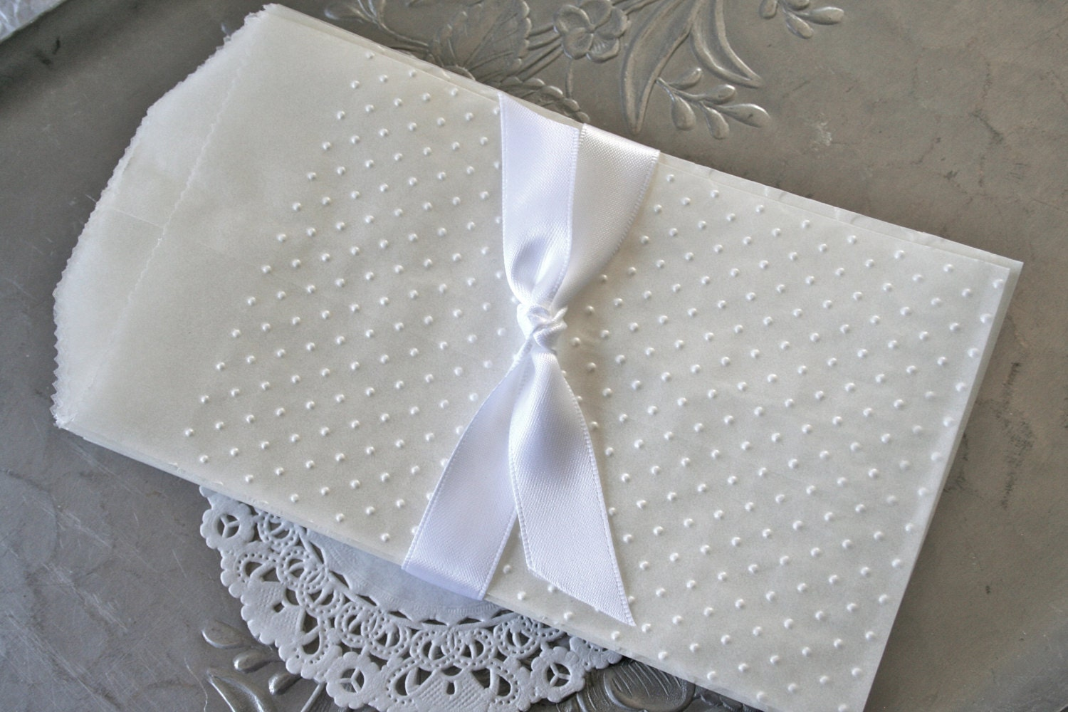 25 glassine bags embossed swiss dots