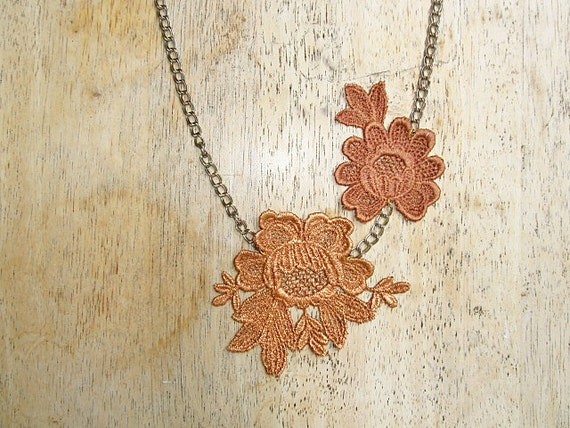 Vintage inspired lace necklace in bronze - rustic, boho
