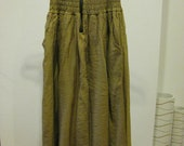 SALE stunning VINTAGE skirt, beautiful color,  very unigue style. easy to mix and match
