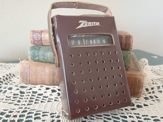 RESERVED for JOYCE Vintage 50s Zenith Transistor AM Radio in Leather Case Works