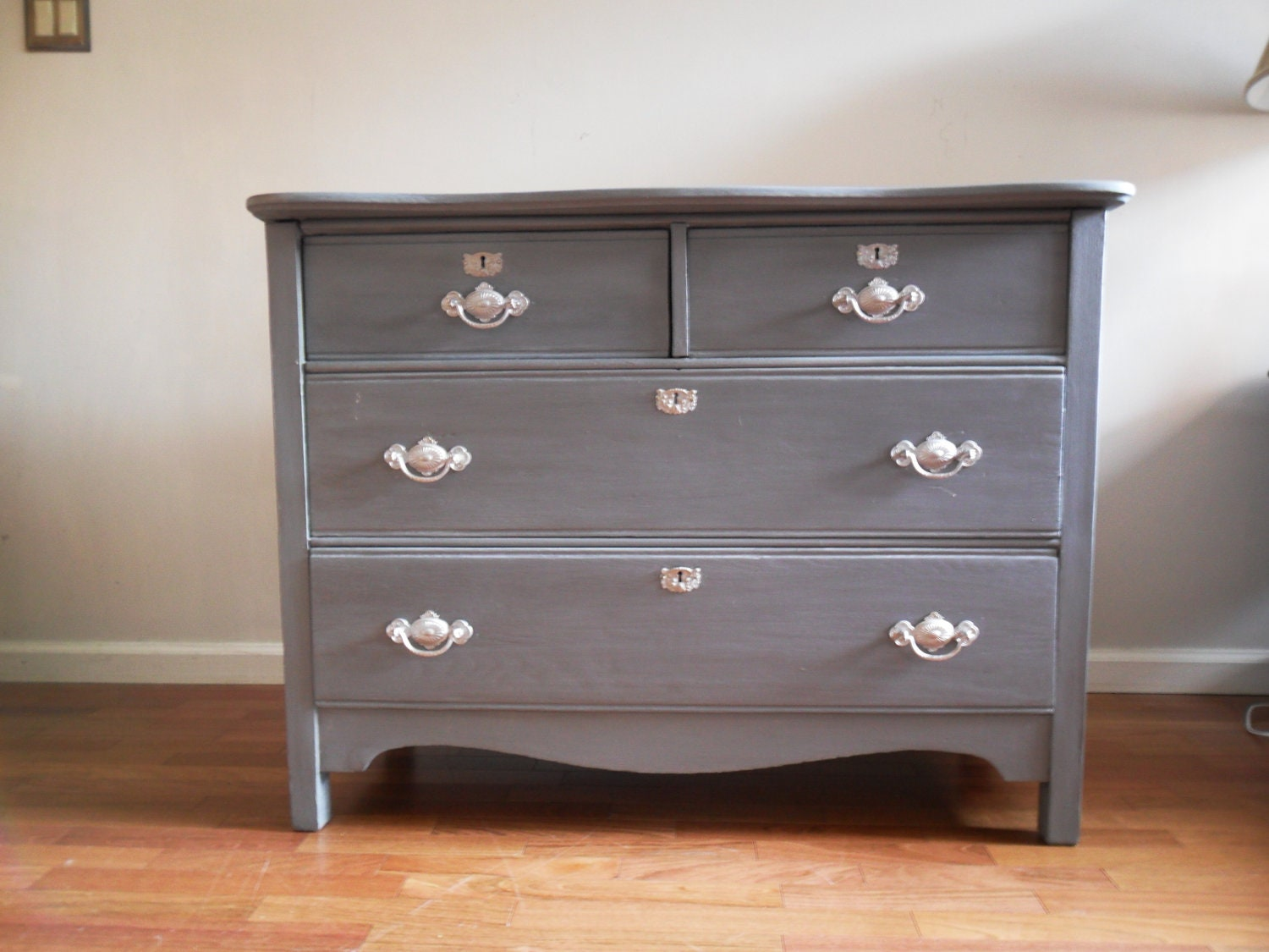 Vintage grey dresser chest of drawers bureau