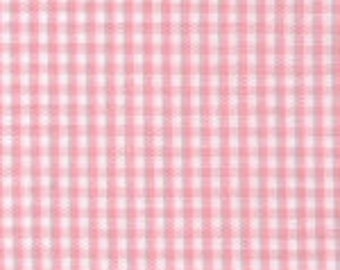 """Fabric by the Yard 1/16"""" Gingham, 60"""" wide, 100% Cotton, Pink, Fabric Finders Inc"""