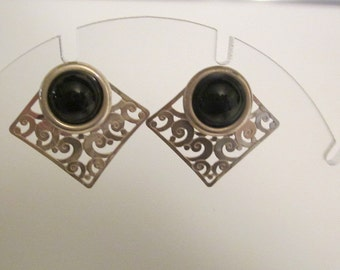 Vintage Sterling Silver Pierced earrings with Black Onyx