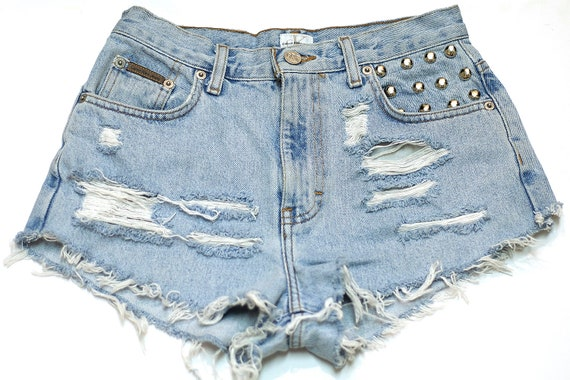 vintage high waisted denim cutoff shorts with studded front pocket