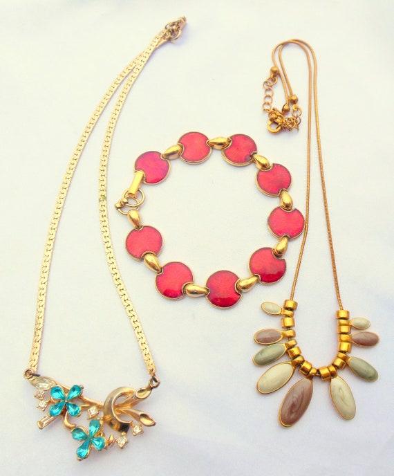 VIntage Destash/Lot of Necklaces and Bracelet