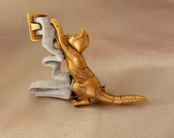 Vintage Danecraft Brooch Kitten at Play