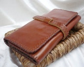 Tri-fold Woman Leather Clutch Wallet, Leather Wallet, Leather Purse Wallet, Leather Women Wallet, Handstiched, Hand-sewn