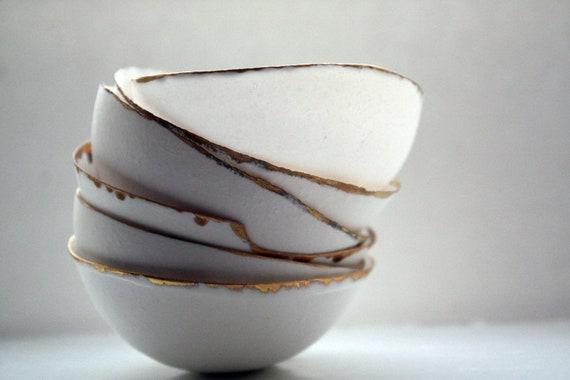 Fine bone china small stoneware bowl with matt real gold.