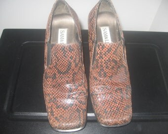 Vintage Snake Skin Look  Leather Shoes size 9