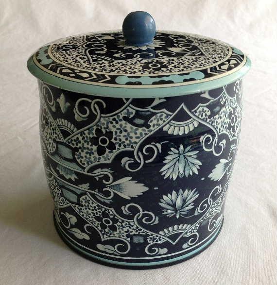 Vintage Daher Tin Floral Lidded Canister Made In England