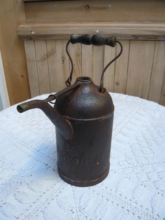 Ancien bidon p trole fran ais en fer blancfin 19 med but - Bidon de petrole ...