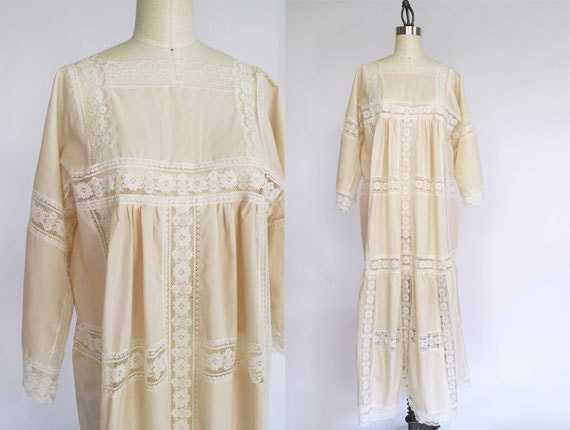 Kimono sleeve cotton dress with lace / vintage dress