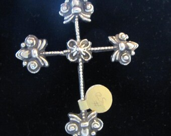Cross with Gold Droplets