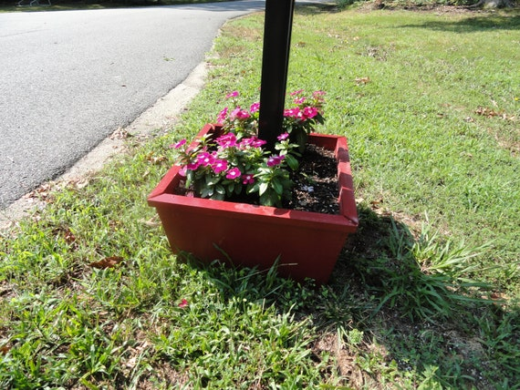 Base Mailbox Planter