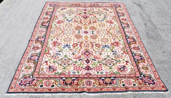 Old European Floral Rug -- Sarouk Persian Style -- 8 ft. by 5 ft. 2 in.
