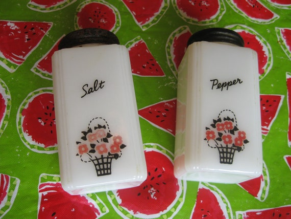 Milk Glass Salt n Pepper Shakers, Tipp City Red Flower Basket, Made in USA