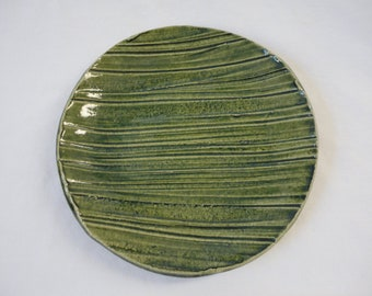 FREE SHIPPING on orders of 39.00 or more!!! - Use Coupon Code FREESHIP at checkout - Vintage Japanese Ceramic Plate