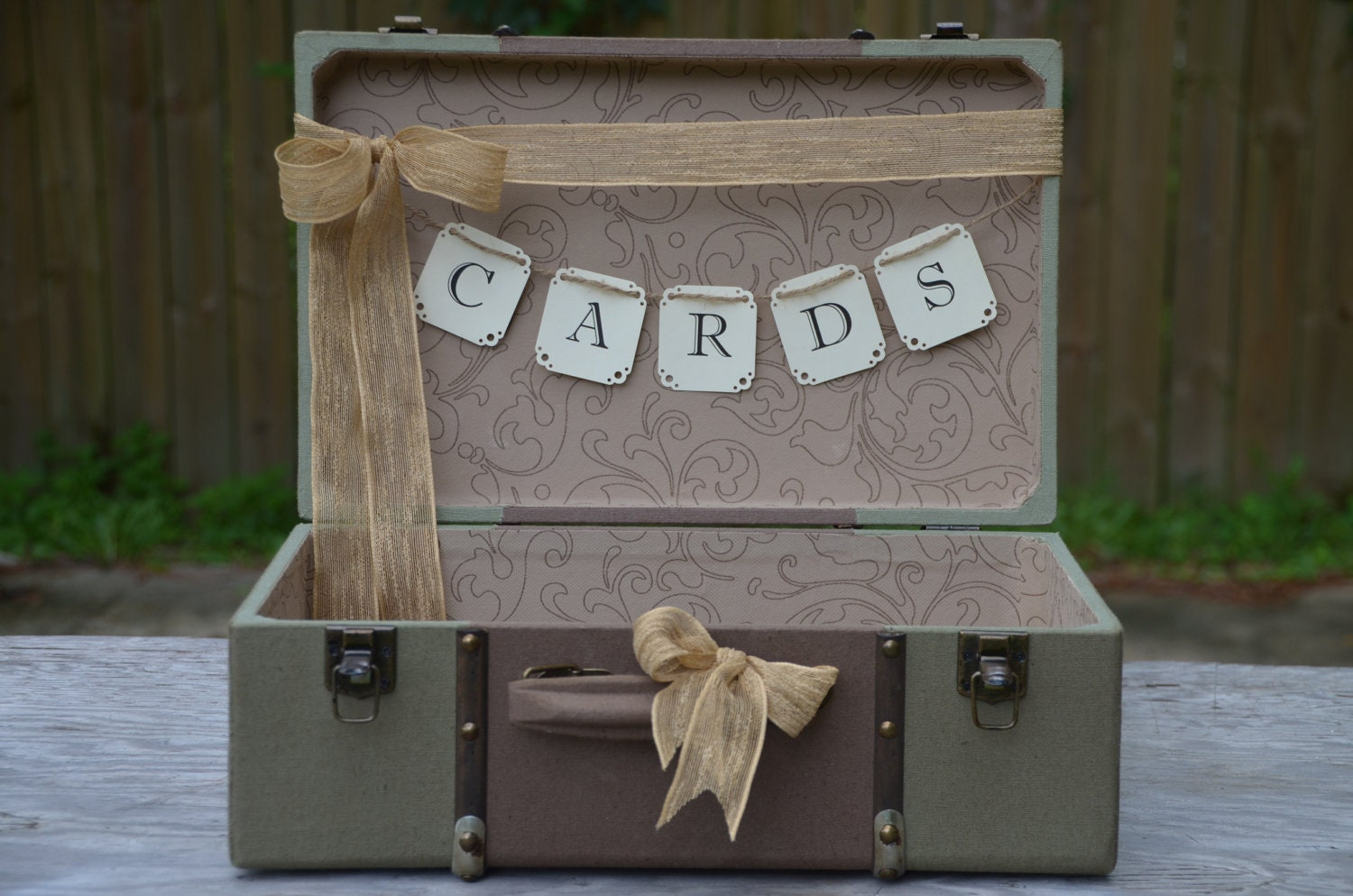 Vintage Style Green Wedding Suitcase Card Holder Cards Banner