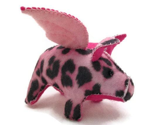 Flying Pig - Pink Cheeta print