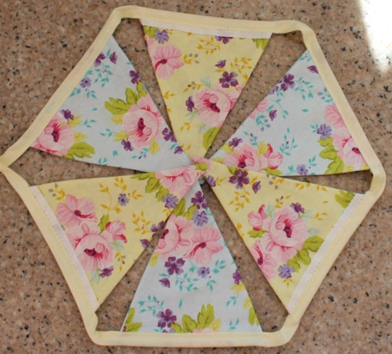 Blue/ yellow bunting with pink flowers
