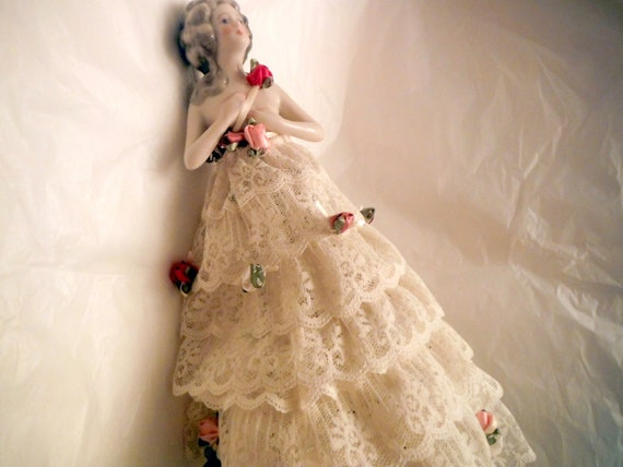 Porcelain Lamp Doll HOLD for Willemijn