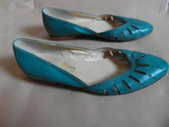 Jade green leather flats size 6