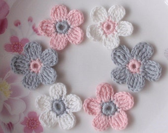 6 Crochet  Flowers In 1-1/4 inches YH-053-01