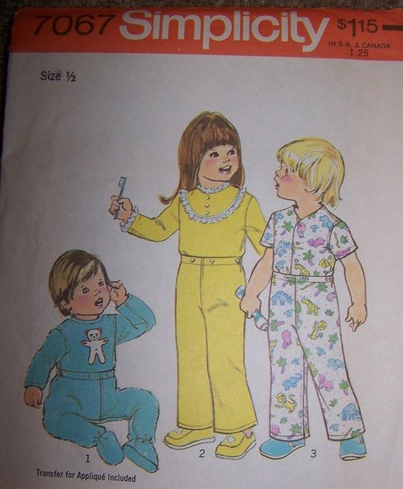 Toddler Babies Pajamas Sewing Pattern Simplicity 7067 Size 1/2