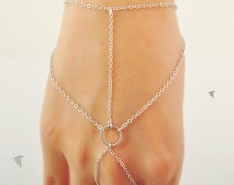 Gypsy Bracelet Round Link Center, Wrist and Finger Bracelet, Gypsy, Gladiators Bracelet Hand Bracelet Finger Bracelet Slave Bracelet
