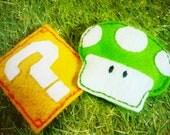 Nintendo Mushroom & Question Block Cat Toy Set