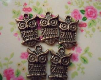 15 pcs-antique bronze  owls Charm  lead-free nickel  pendants  23x14mm