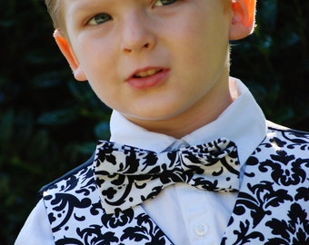Black and white damask bow tie for boys. Also available in men's sizes.
