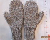 Mittens Adult Light brown w/ Blue accents Size Men's Large 11 in's in Length Size 9 Glove