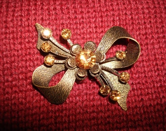 Vintage Bronze Bow with Topaz Rhinestones