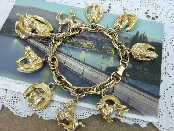 LUCKY VINTAGE HORSE gold charm bracelet