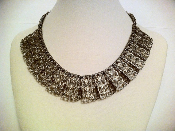 Vintage Collar Gold Bib Necklace- Trendy