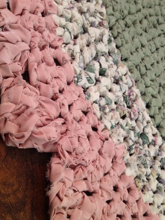 Handmade Shabby Chic Rug Pink Green Round
